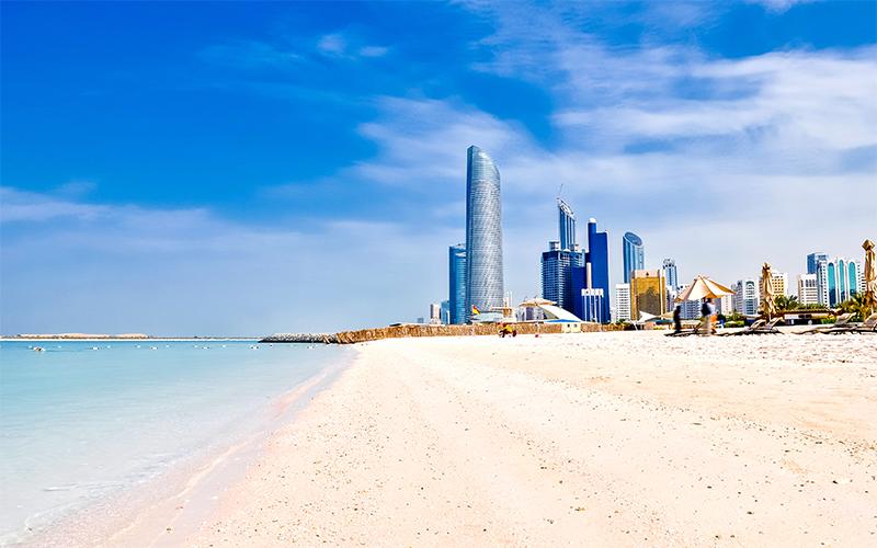 Top 10 Romantic Things To Do In Abu Dhabi Corniche Beach