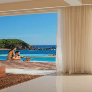 Mexico Honeymoon Packages Secrets Huatulco Resorts & Spa Preferred Club One Bedroom Swim Out3