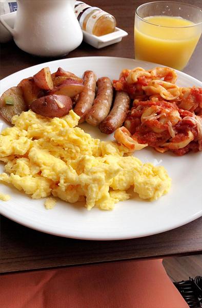 Raj And Karamdip's Hawaii, La And San Fran Honeymoon Blog Hyatt Regency Maui Breakfast
