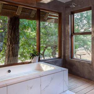 South Africa Honeymoon Packages Thornybush Game Reserve Thornybush Game Lodge – Luxury Suites 2