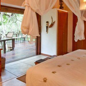 South Africa Honeymoon Packages Thornybush Game Reserve Thornybush Monwana Lodge – Luxury King Size Suites