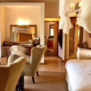 South Africa Honeymoon Packages Thornybush Game Reserve Thornybush Monwana Lodge – Luxury King Size Suites 5