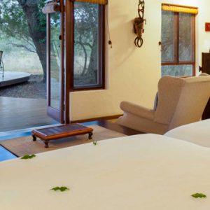 South Africa Honeymoon Packages Thornybush Game Reserve Thornybush Monwana Lodge – Luxury King Size Suites 7