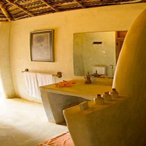 Sri Lanka Honeymoon Packages Dolphin Beach Resort Kalpitiya Family Rent2