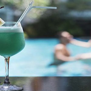 Thailand Honeymoon Packages Centara Anda Dhevi Resort & Spa Krabi Coco's Pool Bar Cocktails