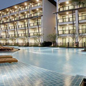 Thailand Honeymoon Packages Centara Anda Dhevi Resort & Spa Krabi Sun Loungers By The Pool