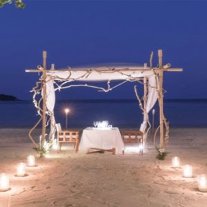 Thailand Honeymoon Packages SALA Samui Chaweng Beach Resort Dinner Under The Stars1