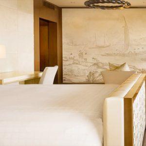 Hawaii Honeymoon Packages Four Seasons Resort Lanai Alii Royal Suite3