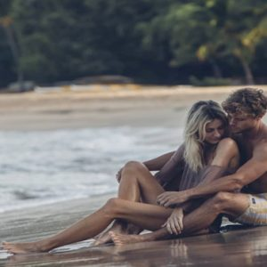 Hawaii Honeymoon Packages Four Seasons Resort Lanai Honeymoon Couple
