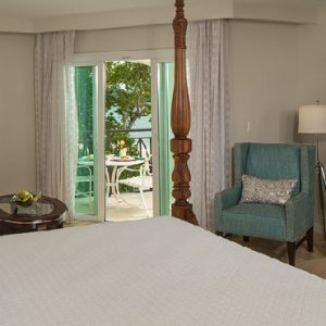 Jamaica Honeymoon Packages Sandals South Coast Italian Beachfront Club Level Honeymoon Suite W Tranquility Soaking Tub