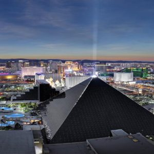 Las Vegas Honeymoon Packages Luxor Hotel & Casino Hotel Exterior