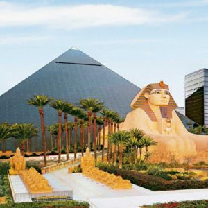 Las Vegas Honeymoon Packages Luxor Hotel & Casino Hotel Exterior Egyptian Feature