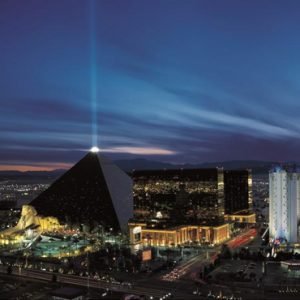 Las Vegas Honeymoon Packages Luxor Hotel & Casino Hotel Exterior1