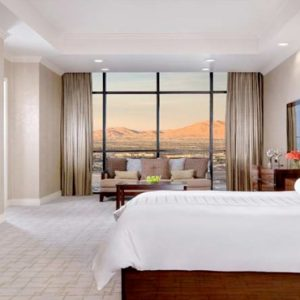 Las Vegas Honeymoon Packages Luxor Hotel & Casino Tower One Bedroom Luxury Penthouse Suite4