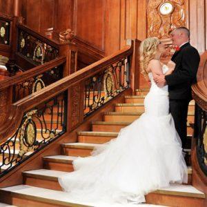 Las Vegas Honeymoon Packages Luxor Hotel & Casino Wedding Couple