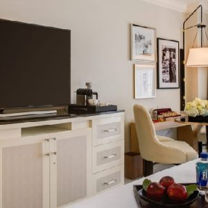 Los Angeles Honeymoon Packages Four Seasons Los Angeles Accessible Superior Balcony Room