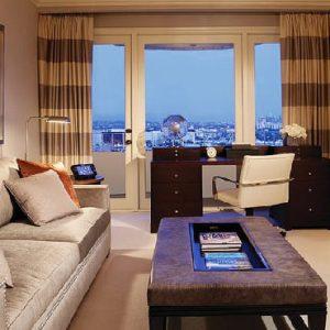 Los Angeles Honeymoon Packages Four Seasons Los Angeles Presidential Suite East1