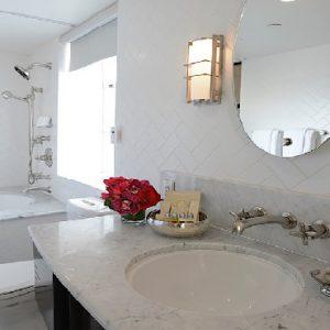 Los Angeles Honeymoon Packages Hotel Shangri La At The Ocean Terrace Suite1