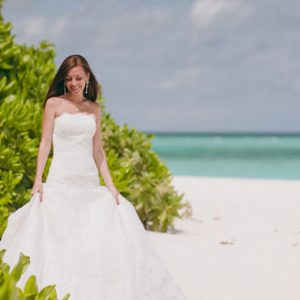 Seychelles Honeymoon Packages The H Resort Beau Vallon Beach Bride On Beach