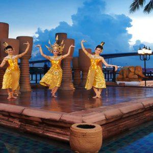 Thailand Honeymoon Packages Anantara Riverside Bangkok Resort Riverside Terrace Performance