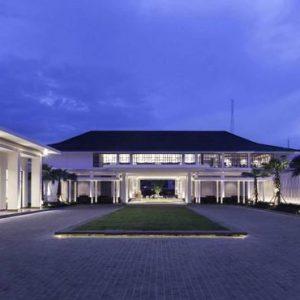 Thailand Honeymoon Packages U Sathorn Bangkok Hotel Exterior At Night