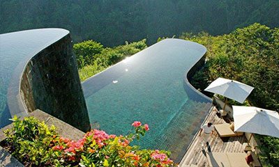 10 Amazing Infinity Pools in Bali