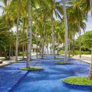 Maldives Honeymoon Packages Fairmont Maldives Sirru Fen Fushi Infinity Pool
