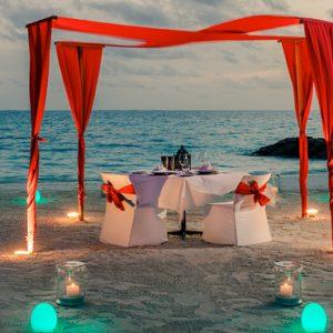 Maldives Honeymoon Packages Fairmont Maldives Sirru Fen Fushi Private Dining Beach