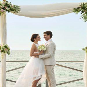 Maldives Honeymoon Packages Fairmont Maldives Sirru Fen Fushi Wedding1