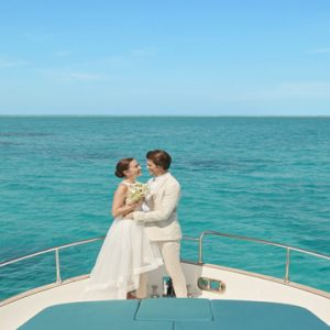 Maldives Honeymoon Packages Fairmont Maldives Sirru Fen Fushi Wedding2
