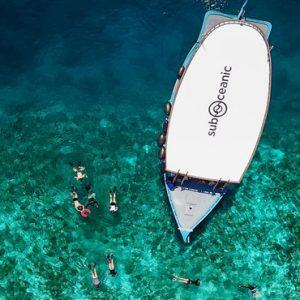 Maldives Honeymoon Packages Fairmont Maldives Sirru Fen Fushi Snorkelling