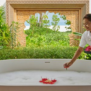Maldives Honeymoon Packages Fairmont Maldives Sirru Fen Fushi Spa Bath