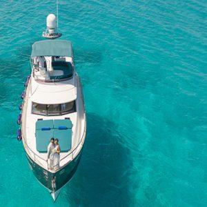 Maldives Honeymoon Packages Fairmont Maldives Sirru Fen Fushi Yacht Excursion