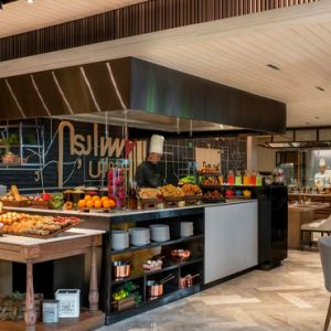 Thailand Honeymoon Packages DoubleTree By Hilton Bangkok Ploenchit Gallery Breakfast
