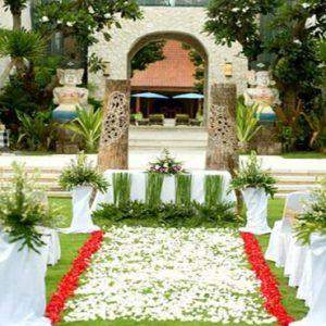 Bali Honeymoon Package Sudamala Suites & Villas Garden Wedding