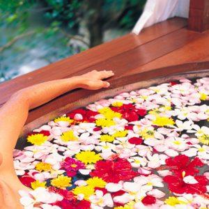 Bali Honeymoon Packages Maya Ubud Resort And Spa Bathing