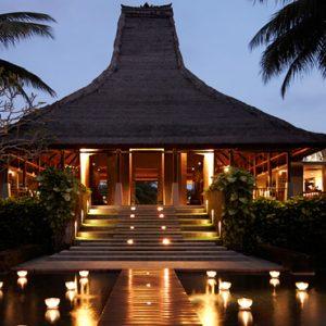Bali Honeymoon Packages Maya Ubud Resort And Spa Entrance