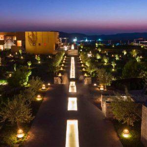 Oman Honeymoon Packages Anantara Al Jabal Al Akhdar Resort Exterior At Night