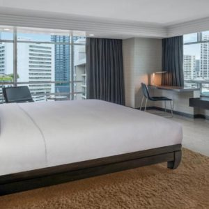 Thailand Honeymoon Packages DoubleTree By Hilton Bangkok Ploenchit King Superior Room Bedroom1