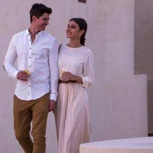 Abu Dubai Honeymoon Packages Jumeirah Al Wathba Couple 2