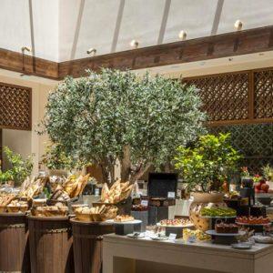 Abu Dubai Honeymoon Packages Jumeirah Al Wathba Dining