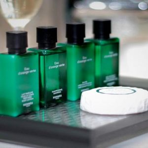Bali Honeymoon Packages Double Six Luxury Hotel, Seminyak Bathroom Amenities
