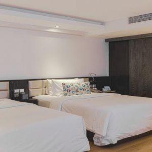 Bali Honeymoon Packages Double Six Luxury Hotel, Seminyak Leisure Suite Twin3