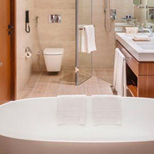 Dubai Honeymoon Packages JA Lake View Hotel Resort Course One Bedroom Suite Bathroom