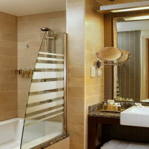 Dubai Honeymoon Packages Amwaj Rotana Classic Sea View Room3