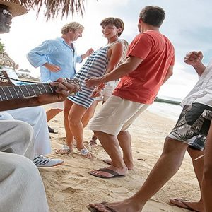 Jamaica Honeymoon Packages Sandals Royal Plantation Jamaica Beach Entertainment