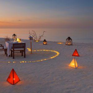 Maldives Honeymoon Packages Varu By Atmosphere Private Beach Dining