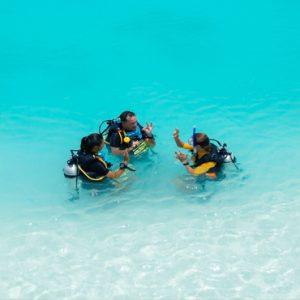 Maldives Honeymoon Packages Varu By Atmosphere Scuba Diving