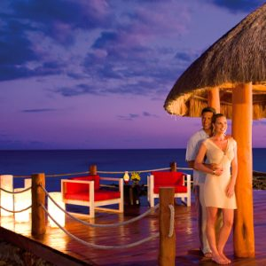 Mexico Honeymoon Packages Dreams Puerto Aventuras Resort & Spa Couple