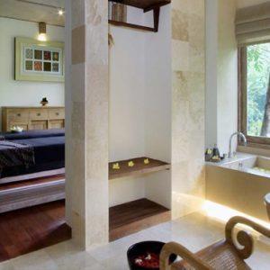 Bali Honeymoon Packages The Kayon Resort By Pramana Spa Bath And Treatment Room